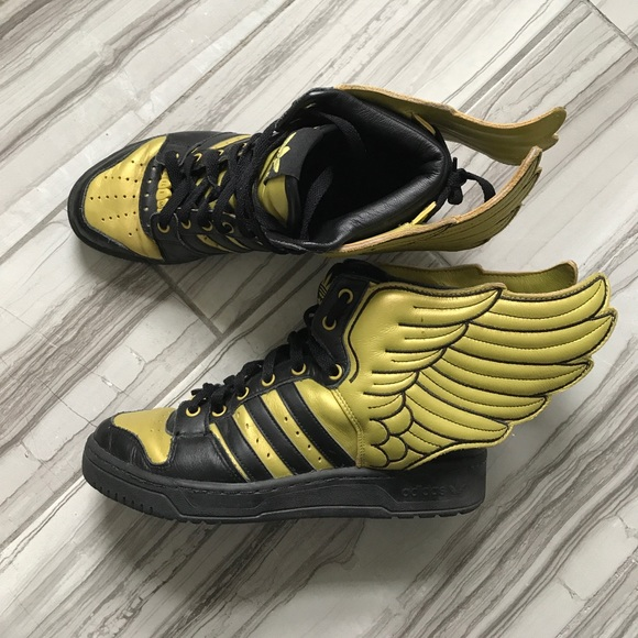 cd90a0cbf84111 Jeremy Scott x Adidas Shoes - PRICE REDUCED | Jeremy Scott for Adidas |  Wings