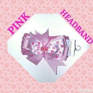 Other - NWT. PINK CROCHET HEADBAND WITH BOW
