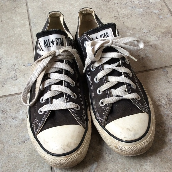 Converse Shoes   Worn Black Converse