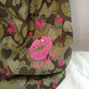 Betsey Johnson Bags - Betsey Johnson Satchel/Bag