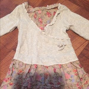 Nannette Other - Long sleeve shirt with flowers an matching pants.