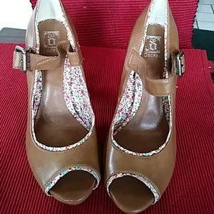 Decree Shoes - New Decree Heels.