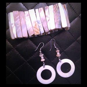 Jewelry - Precious Pearly Shells Bundle