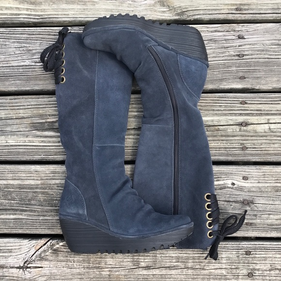 FLY LONDON | YUST BOOT IN DEEP OIL SUEDE | 37