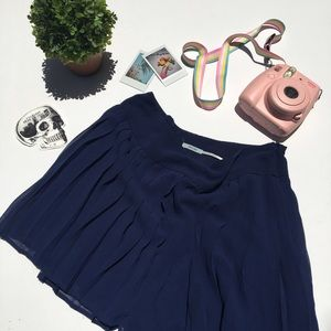 Urban Outfitters Pants - urban outfitters kimchi blue navy flowy shorts