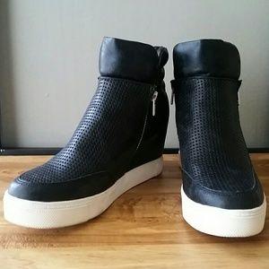 08508ea8568 Steve Madden Shoes - STEVE MADDEN LINQSP WEDGE SNEAKERS