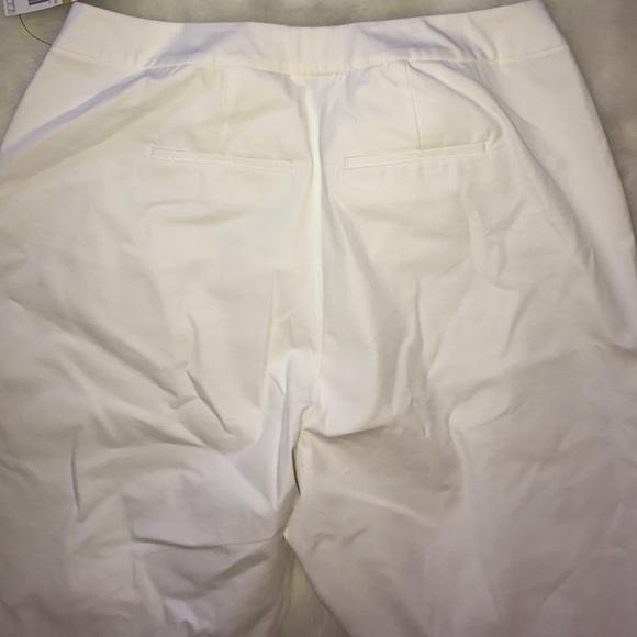 Alfani Pants - Alfani Tummy Control White Capri
