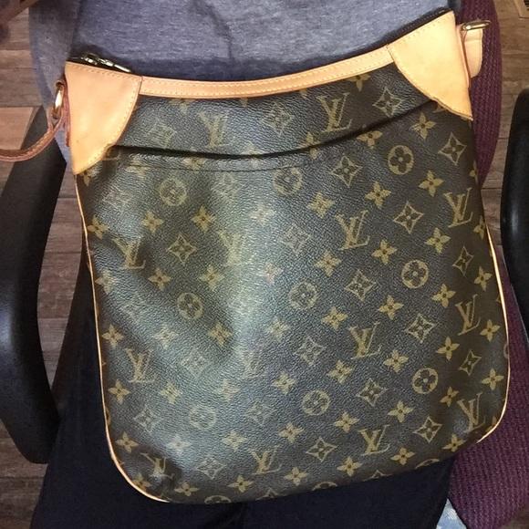 a487d1df4bc0 Louis Vuitton Handbags - Louis Vuitton Odeon MM Monogram (discontinued)