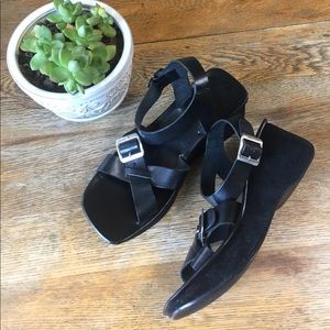 Amanda Smith Shoes - 90's style leather platform sandals