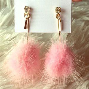 Jewelry - SWEET💕 glam pink fuzzy mink drop earrings
