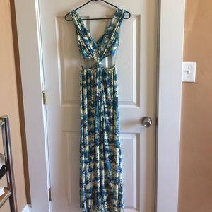 Rachel Pally Dresses & Skirts - Rachel Pally long elegant cut-out maxi dress