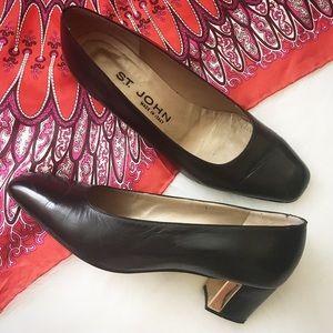 St. John Shoes - Vintage St. John Heels, Size 6.5