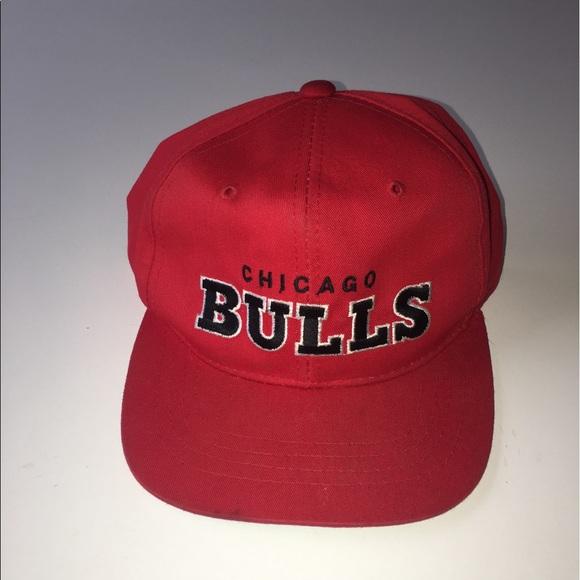 6d04b484d46 Vintage Chicago Bulls Starter SnapBack OSFA. M 591394e87f0a0504c900641d