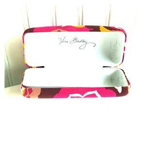 Vera Bradley Accessories - Good Condition Vera Bradley Glasses Case!