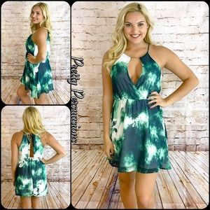 Pretty Persuasions Dresses & Skirts - NWT Green & Off White Floral Print Dress