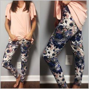Pants - 🆕Brushed Knit Floral Leggings Sizes 02-12