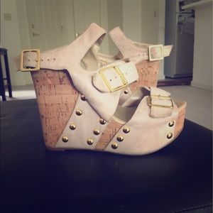 Cathy Jean Shoes - Cathy Jean wedges cream colored