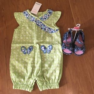 Gymboree Other - Baby girl 3-6M outfit: Gymboree Romper and Sandals
