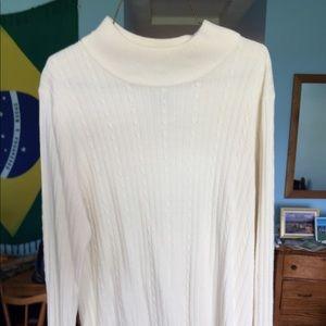 croft & barrow Sweaters - Nice cream colored sweater!