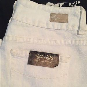 Paige Jeans Denim - 😎NWTPaige Hidden Hills HiRise Optic White Jean 26