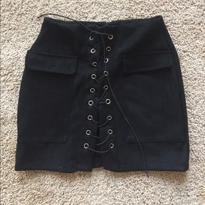 Trendy black lace up skirt