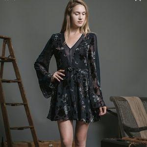 J.o.a los angeles velvet floral dress