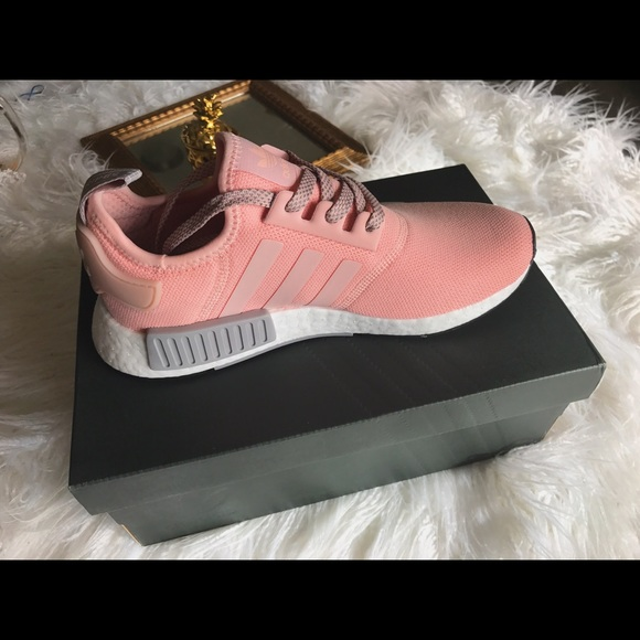27601cc09 Adidas NMD R1 Vapour Pink