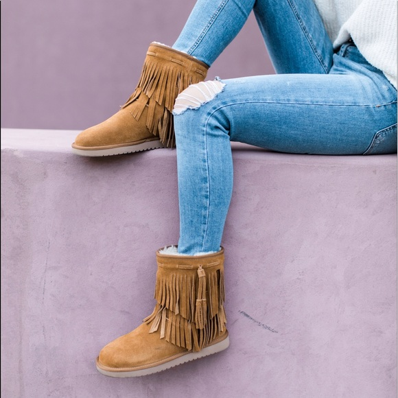 e1855c0939c Koolaburra by UGG cable boots in chestnut