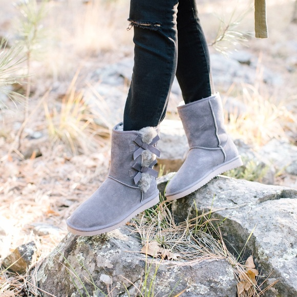 281c3a4ac30 Koolaburra by UGG Victoria Short boots in 'Rabbit'