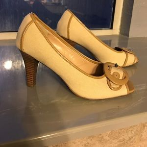 Unlisted Shoes - Beige and khaki peep toe heels