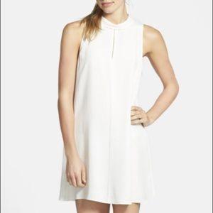 Tildon Dresses & Skirts - White mock neck shift dress