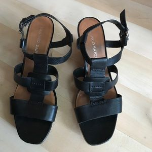 🌸 Donated 🌸Black Franco Sarto leather wedges