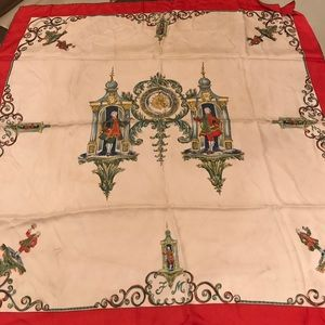 Accessories - Vintage Piccadilly scarf