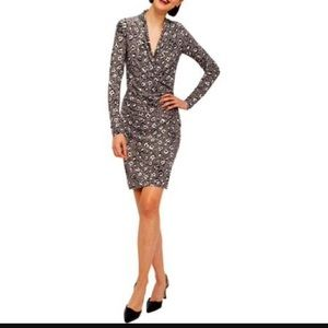 Norma Kamali Dresses & Skirts - Norma Kamali leopard print long sleeve dress