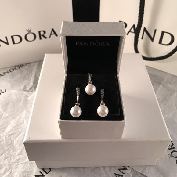 dab2b498d Pandora Jewelry | Elegant Beauty White Pearl Clear Cz Set | Poshmark