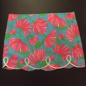 Lilly Pulitzer skirt, size 4! worn once