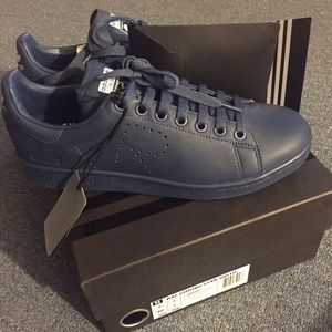 Raf Simons x Adidas Stan Smith Sneakers (Marine)