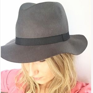 Accessories - NWT Fab Fedora Hat