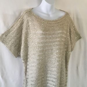 Willow & Clay Tops - Willow & Clay sequined knit top