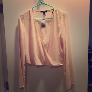 NWT light pink crop top blouse
