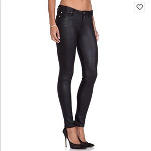 Knee seam skinny jeans crackle leather