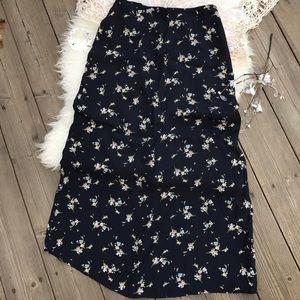 17/21 Exclusive Denim Dresses & Skirts - Laura Ashley Floral Skirt! Sz S
