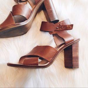 Madewell Shoes - FINAL ❗️RARE Madewell Crisscross Friday Sandal 10