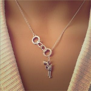 ALLOY Jewelry - NWT SS HANDCUFF & GUN LARIAT NECKLACE