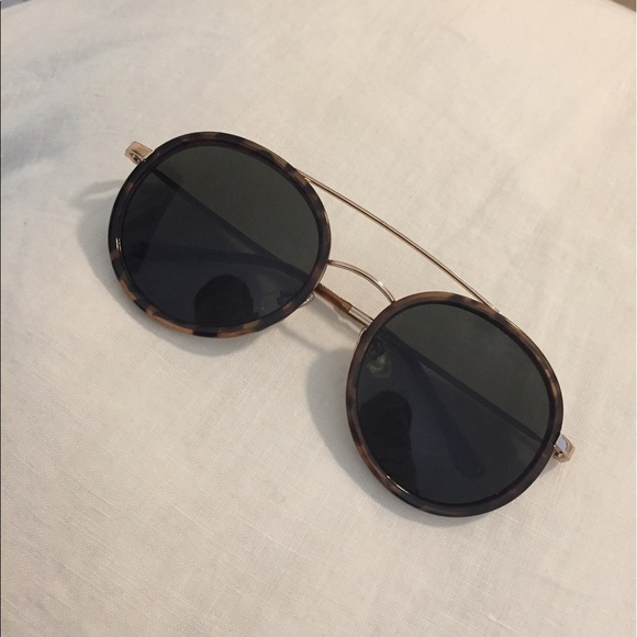 83 off nordstrom accessories new double bridge round sunglasses gucci copy from blaire 39 s. Black Bedroom Furniture Sets. Home Design Ideas