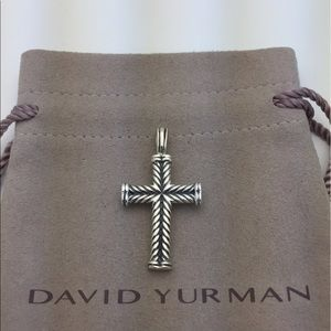 David Yurman Chevron Cross pendant 4 Necklace 925
