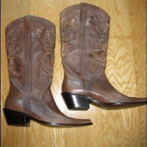 MATISSE floral design leather western boots NWOT