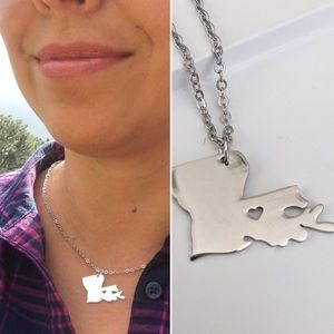 Unbranded Jewelry - Louisiana Map Necklace with Heart