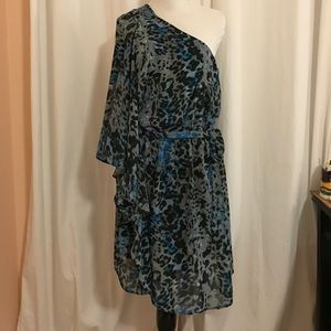 MOVING SALE Like brand new one shoulder dress