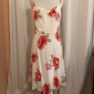 Moving sale! Old navy floral dress